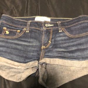 Abercrombie & Fitch kid shorts